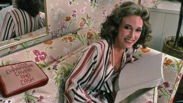 The late Cosmopolitan editor Helen Gurley Brown in her New York office in 1982.