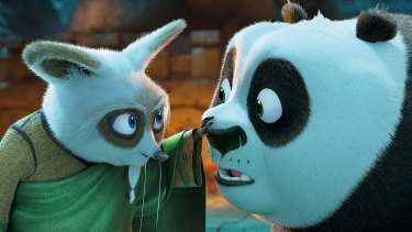 Master Shifu (voiced by Dustin Hoffman) and Po (Jack Black).