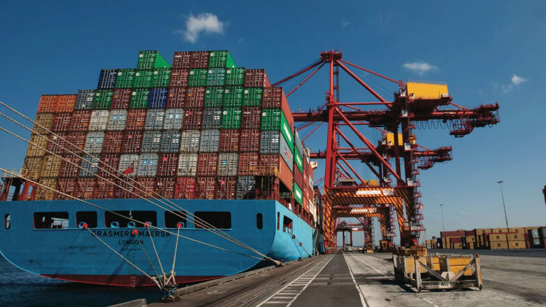 A union turf war is threatening to break out inside Australia's ports.