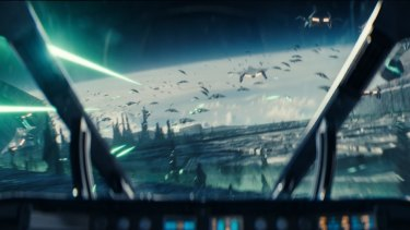 The aliens return for a rematch in Independence Day: Resurgence.