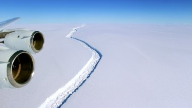 The crack in the Larsen C ice shelf, as photographed November 10, 2016.