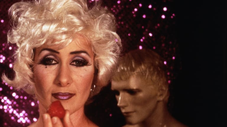 As well as performing on stage, Davey is an accomplished director, writer and actor. Here she appears in her 1998 film <i>'Elizabeth Taylor Sometimes</I>.