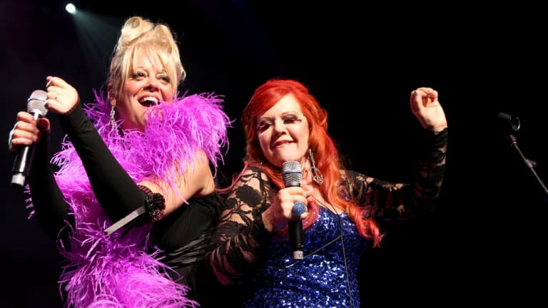 Cynthia Schneider: The B-52s: Still A 'happy Dysfunctional Family' After 40