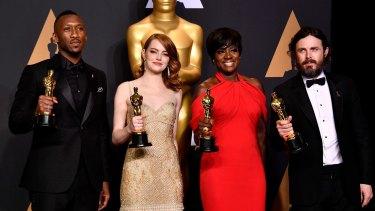 Ali with fellow actor winners Emma Stone, Viola Davis and Casey Affleck.