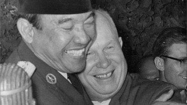Soviet leader Nikita Khrushchev and Sukarno in 1960.