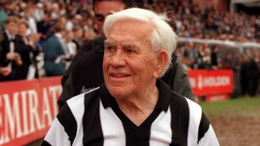 Lou Richards in 1999.