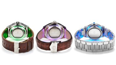 Currently Chronos can make eight different vibration patterns and six different colours, letting you know who is trying to contact you or which app is sending you notifications.