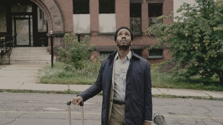 Death-row attorney Henry Denver (Andre Holland) is lured back to his home town in Castle Rock.