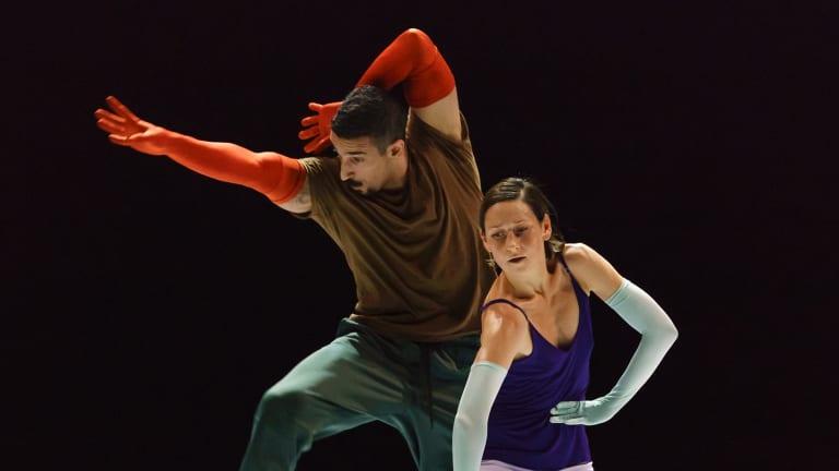 Rauf Yasit and Parvaneh Scharafali in Seventeen Twenty One.
