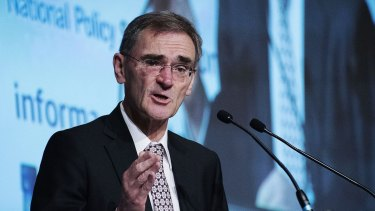 ASIC chairman Greg Medcraft will travel to the IMF spring meeting to talk fintech.