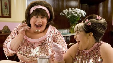 John Travolta as the over-eating enabler Edna Turnblad manages to rise above his ridiculous hairband to convey a poignant protectiveness as daughter Tracy (Nikki Blonsky) discovers that the world doesn't always play fair.