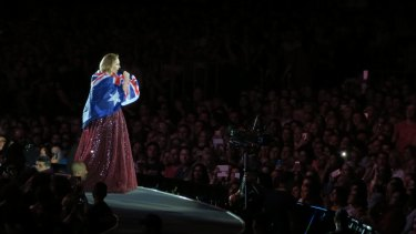 Adele has a particulalry Aussie moment.
