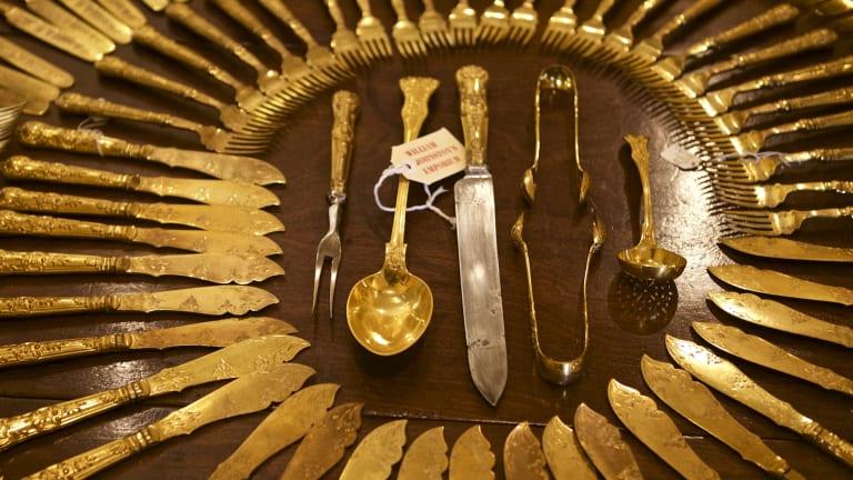 A Hecker Guthrie cutlery arrangement at William Johnston's Collection.
