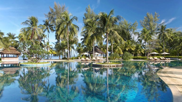 A Luxury Escapes Phuket deal.