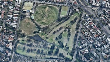 An aerial shot Elsternwick golf course.