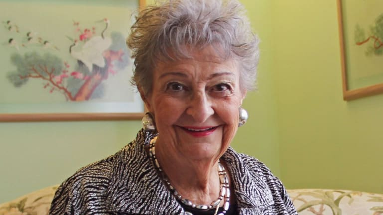 The Chicago Hairdresser Who Invented Beehive Margaret Vinci Heldt