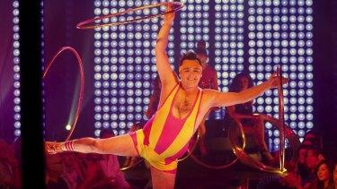 Scottish hula-hoop artist Craig Reid is an immediate hit with the audience in <i>Velvet</i>.