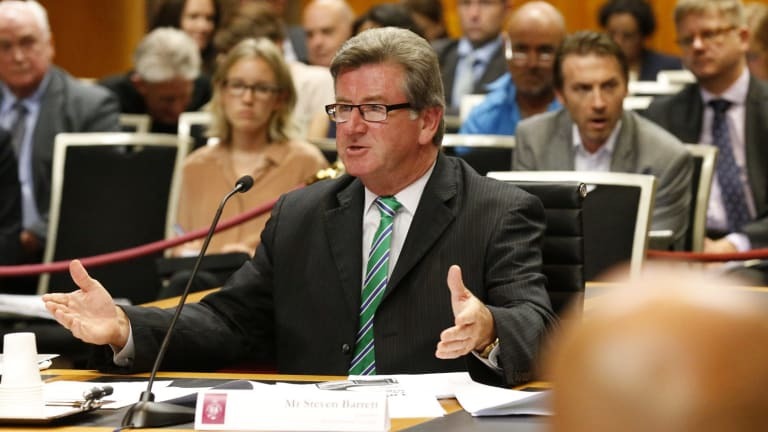 Journalist Steve Barrett gives evidence at a parliamentary inquiry.
