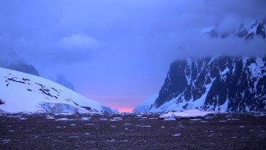An Antarctic sunset.