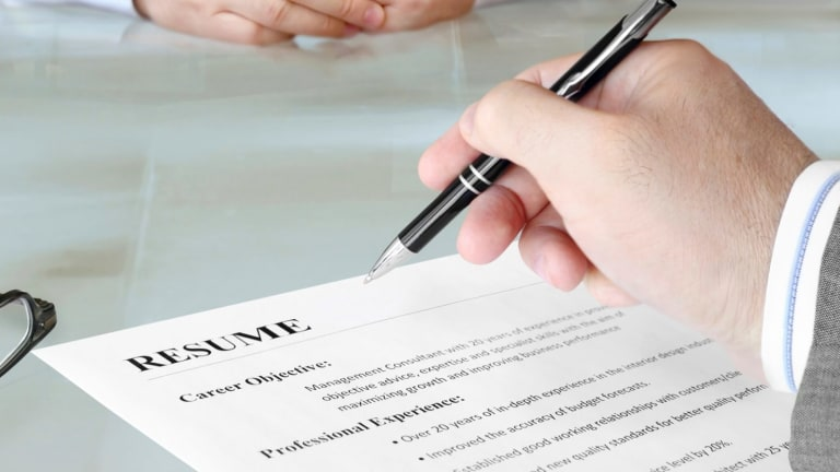 35 things you should remove from your résumé before it ends up in the 'no' pile