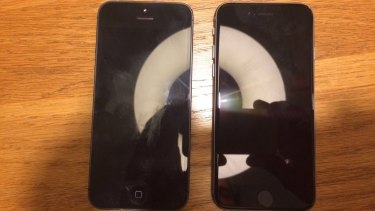 The supposed iPhone 5se, right, next to an iPhone 5.