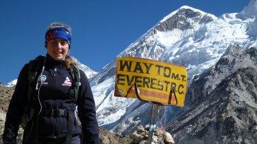 Alyssa Azar, 19, conquered Mount Everest.