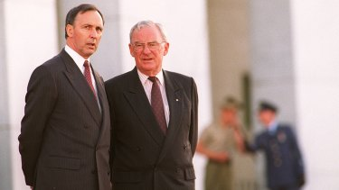 Bill Hayden (right) and Paul Keating at the announcement of the new Governor General Sir William Deane.