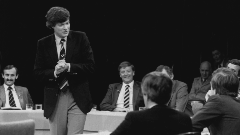 Hypothetical: Geoffrey Robertson takes a difficult situation and milks it for all it's worth in 1984.