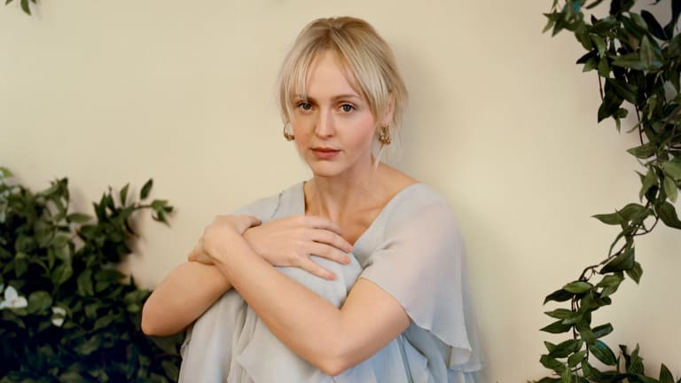Laura Marling held the room with a voice that just keeps getting better.