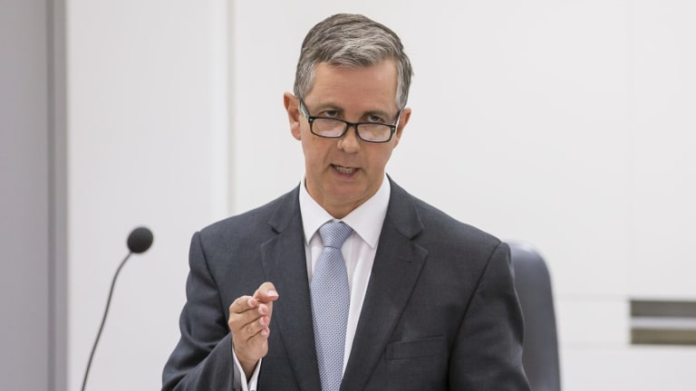 Opposition leader Jeremy Hanson  said the Liberals were putting schools ahead of a tram.