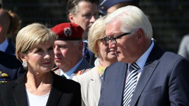 Frank-Walter Steinmeier talks with Foreign Minister Julie Bishop in Berlin in 2015.