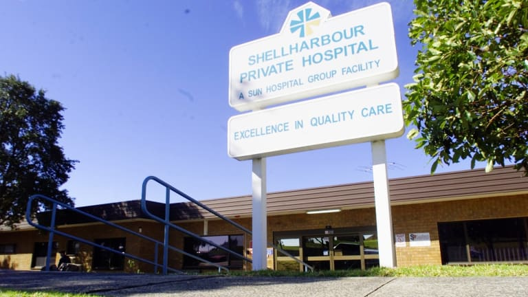 Shellharbour Private Hospital has employed an anaesthetist who was so intoxicated he abandoned a patient mid-operation at Wollongong Hospital last year.