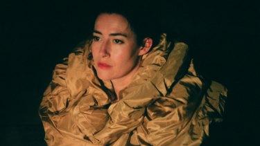 Soprano Jane Sheldon delivers the solo vocal line in La Passion de Simone.