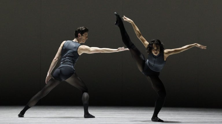 Andrew Killian and Vivienne Wong in <i>Filigree and Shadow</i>, part of the Australian Ballet's <i>20:21</i>.