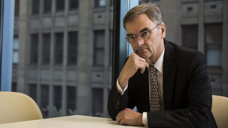 ASIC chairman Greg Medcraft says global regulators won't stand in the way of blockchain technology.
