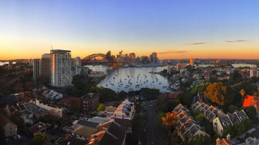 Sydney's wealthiest areas also put in the longest hours at work