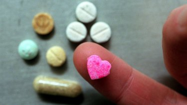 The report calls for the regulation of drugs such as marijuana and MDMA in Australia.