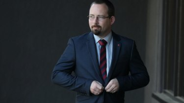 """""""I am forced into a corner to decide between a bad decision or a worse decision"""": AMEP Senator Ricky Muir on casting the final vote that allowed the new asylum seeker laws to pass the Senate."""
