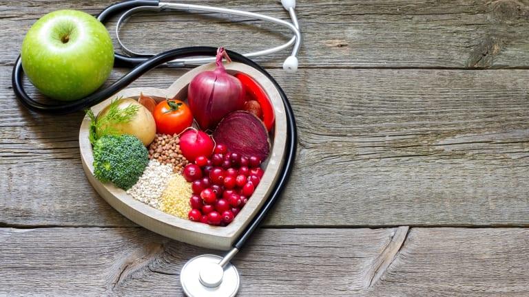 A diabetes diet? Balancing diet and blood sugar.