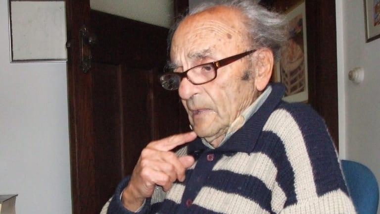 Man of two countries: Poet Dimitris Tsaloumas reading his work.