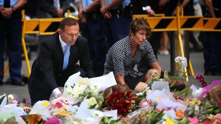 Sydney siege ends: PM Tony Abbott visits Martin Place memorial
