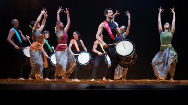 Taiko drummers and Indian dancers perform Chi Udaka.