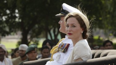 Gillian Anderson and Hugh Bonneville as Lord and Lady Mountbatten in Viceroy's House.