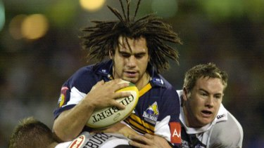 George Smith playing for the Brumbies in 2001.