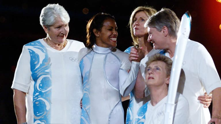 Dawn Fraser, Cathy Freeman, Debbie Flintoff-King, Raelene Boyle and Betty Cuthbert at the opening ceremony of the Sydney Olympic Games.