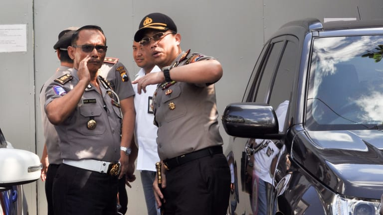 Police prepare for the imminent executions of prisoners at Nusakambangan.