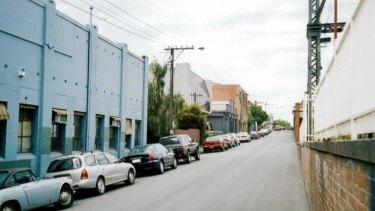 Yarra Street in 2001