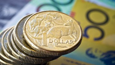 The Aussie gave back all of its steep early gains as investors fled the currency after Donald Trump's momentum took hold.