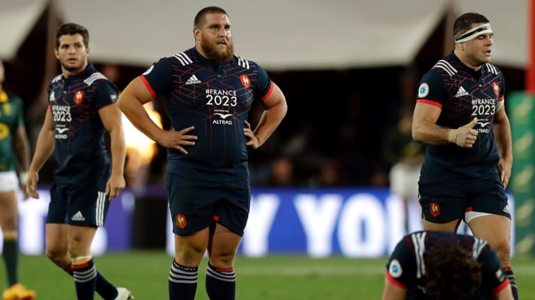 Failing the Test: France look dejected at Ellis Park, unable to match the the Springboks who take their third win of the series.