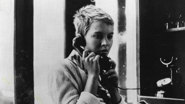 Jean Seberg (Patricia Franchini) in Jean Luc Godard's A Bout De Souffle (Breathless).